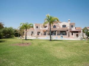 private villa sleeps 14 marbella wedding venue