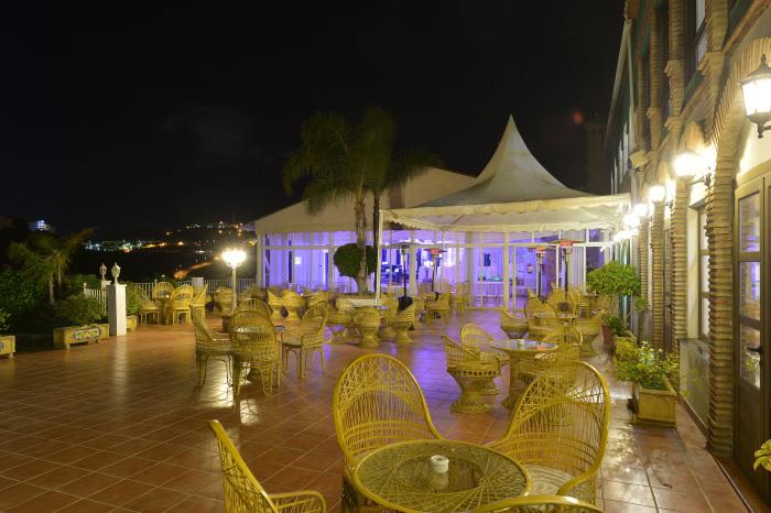 foto-terraza-3-barra-libre-copas